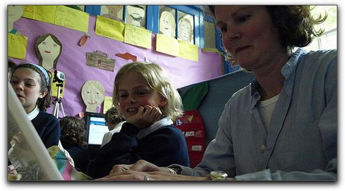 Parent and student at Humbie Primary School blogging