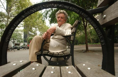 La-et-jc-vintage-radio-stories-kurt-vonnegut-20140610